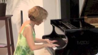 Download Schubert-Liszt - Ave Maria MP3 song and Music Video