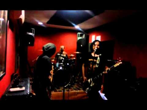 100% C.A.D.A.S (music & lyrics : Asriat Ginting)