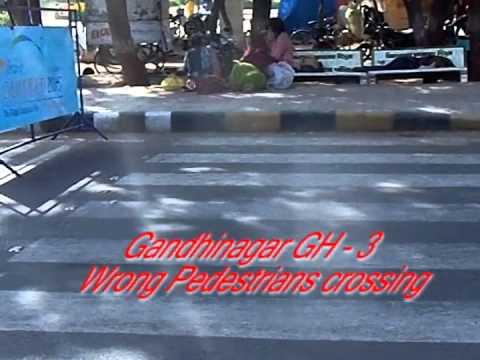 Gandhinagar gujarat capital wrong pedestrian crossing - part 1