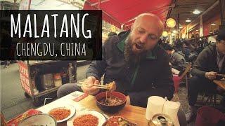 Китайские шашлычки в остром сычуаньском супе || Вкусная еда в Китае