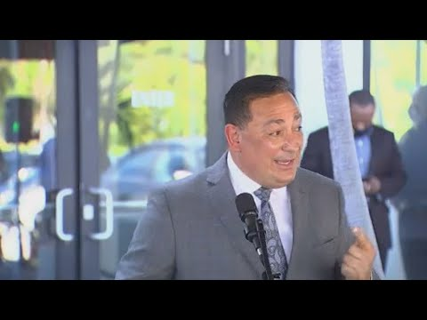Miami Police Chief Art Acevedo called to emergency meeting of city commissioners
