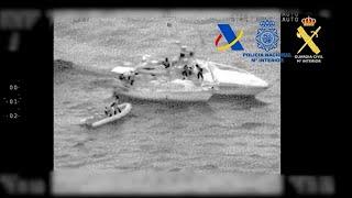 Dos detenidos tras interceptar un velero con 200 kilos de hachís
