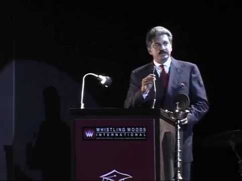 Anand Mahindra\'s inspiring speech for Whistling Woods Graduation Students