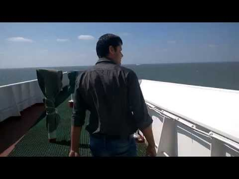 Life At Sea - Inside The Bridge On A Bulk Cargo Ship (Part 1)