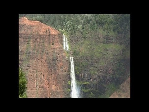 Waterfall Hike in Waimea Canyon