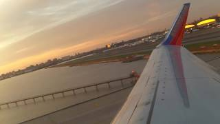 Southwest Airlines Boeing 737 800NG takeoff at New York LaGuardia Airport