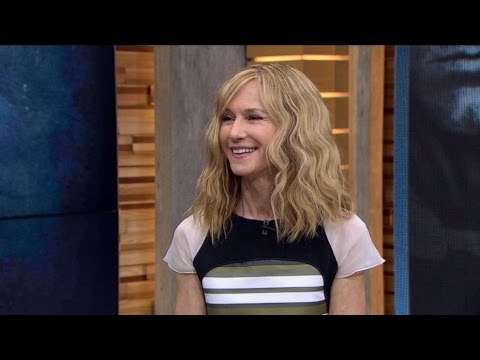 'Batman v Superman' | Holly Hunter Squares Off Against Superman