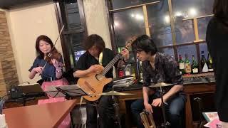 violin Yohko Yamamoto guitar Masashi Hino percussion Syuji Honma.