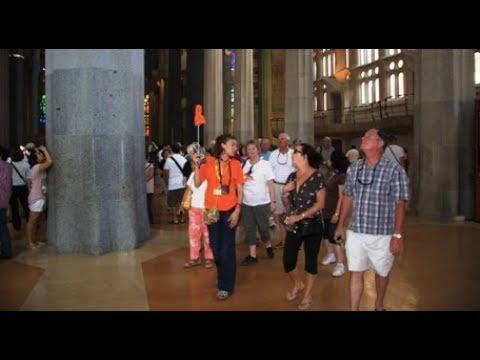 Sagrada Familia & Casa Batlló - Gaudí Tour of Barcelona Guide Bureau