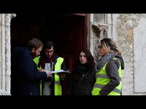 SAHC students studying the Carmo Convent