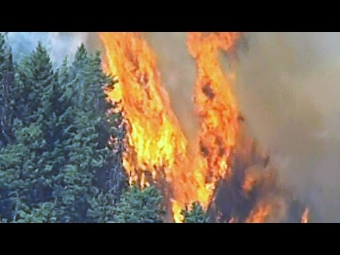 Aerial view from CTV News chopper shows raging fire in B.C.