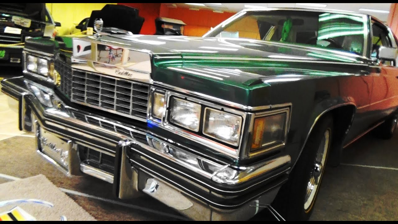 77 Cadillac Coupe DeVille Coventry Mall 2020 - YouTube