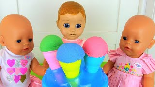 Polina playing with baby dolls and toys ice cream