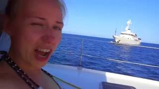 Путешествие на яхте 2014; сюжет 8. Отдых 2014 отзыв. Аренда яхт http://www.lovemile.ru видео(Аренда яхт по всему миру http://www.lovemile.ru видео. Путешествие на яхте - это здорово! Греция - страна островов, мы..., 2014-10-04T10:36:00.000Z)