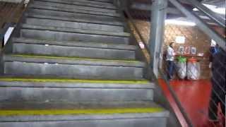 Brasil x Bielorussia (Belarus) - Old Trafford - Entrando no estádio