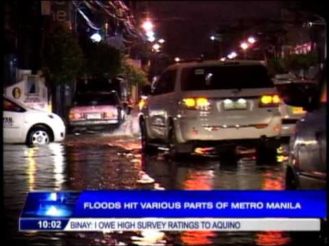 Floods hit v arious parts of Metro Manila