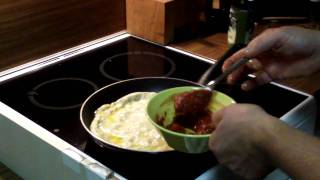 Video 3: How to make a simple pan pizza