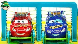 Disney car McQueen and friends. Play car wash. Tomica car wash toy.