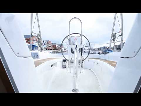 Hunter Legend 36 for sale by Network Yachts
