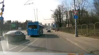 Смотреть видео CrashNews.org/ДТП на Волоколамском шоссе 12.04.2018, Москва онлайн