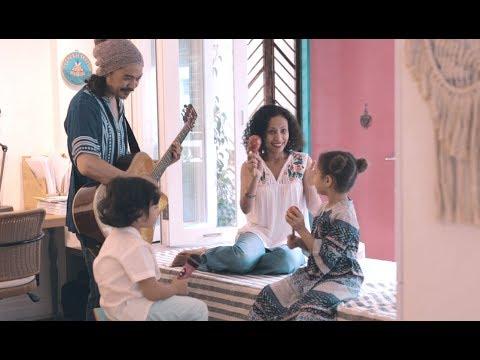 Home & Lifestyle of A Reggae Musician's Family - Bohemian Interior Design