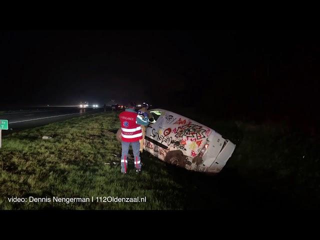 Twee gewonden bij ongeval op A1 Deurningen
