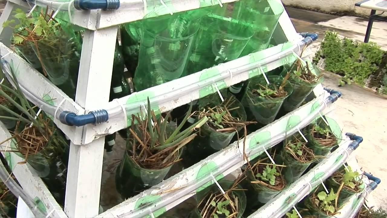banco de jardim em pvc : banco de jardim em pvc:Horta piramidal é opção de plantio dentro de casa – YouTube