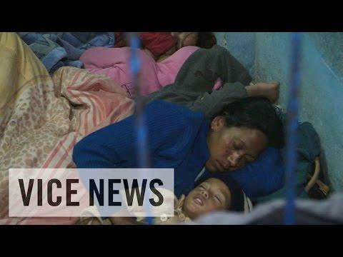 ネパール大地震その後(1)混乱するカトマンズ 避難所の現状