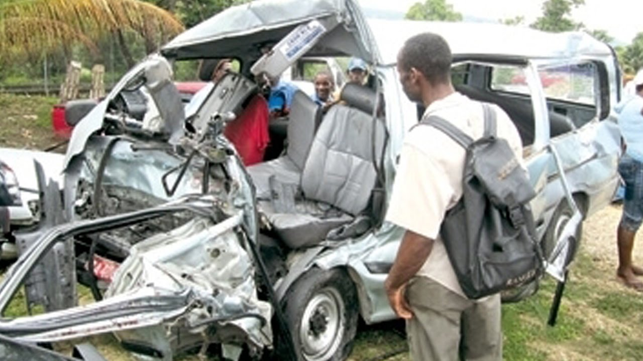 Latest Car Accident Of Toyota Hiace Road Crash