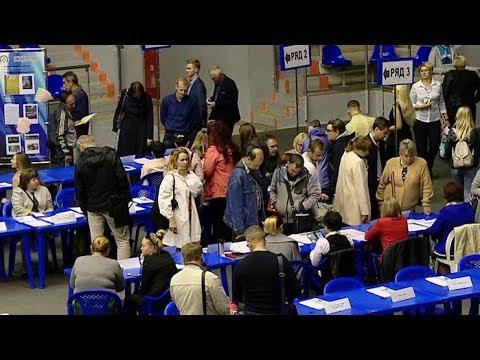 2,5 тысячи рабочих мест предложили сегодня на ярмарке вакансий в Краснодаре