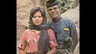 Download Ahmad Jais & Ida Laila - Sayang Sayang (HD)