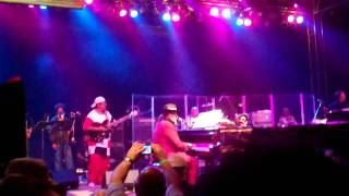 Dr. John - Quitters Never Win (Bonnaroo 2011)