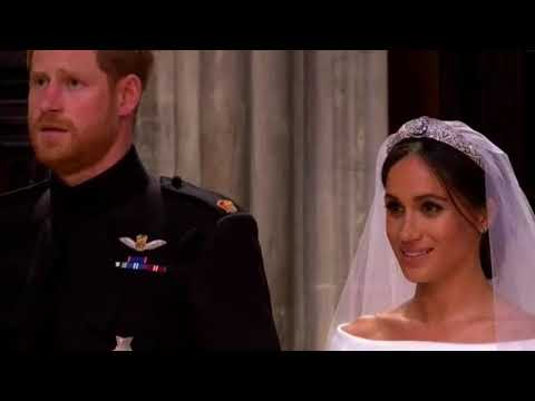 Meghan Did Curtsy To The Queen On Wedding Day