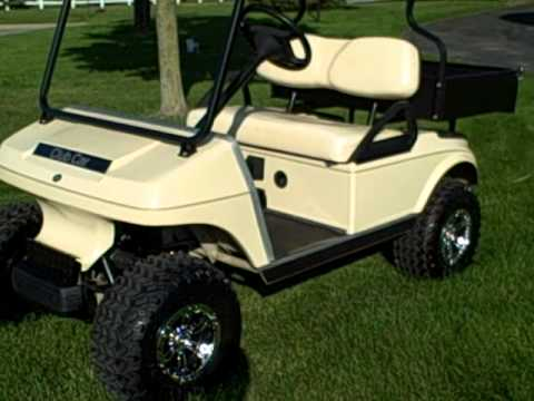 Club Golf Cart Battery Information on club car golf cart information, club car accessories, club cart batteries,