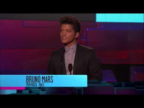 Bruno Marks Wins Pop-Rock Male Artist - AMA 2011