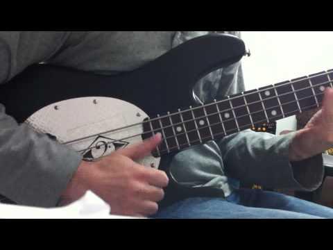 Musicman SUB Bass Demo