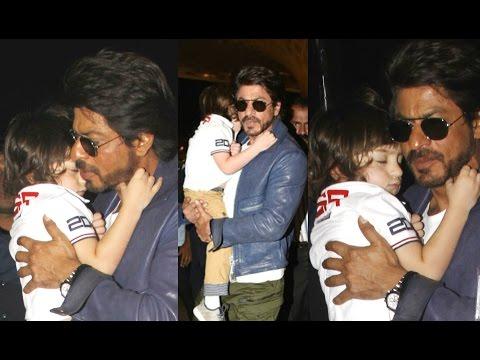 Shahrukh Khan Carrying CUTE AbRam Sleeping In His Arms