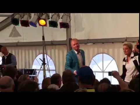 Frank Neuenfels Feat.Tanja Schumann - Ich Lach Das Leben An (Live Auftritt)