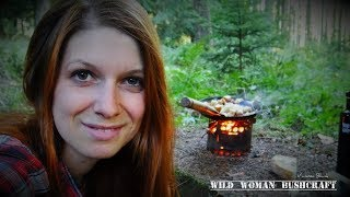 Naturewomen hike and wild cooking - nature documentation- Vanessa Blank