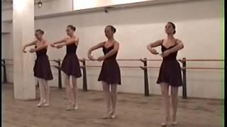 """4 девочки Школа-студия,,Казань""""(Урок классического танца)"""