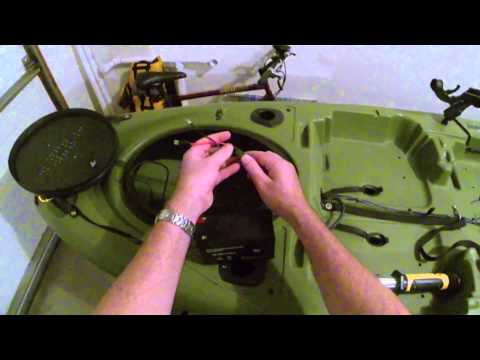 Jackson Kayak Big Tuna - Fish Finder Walkthrough