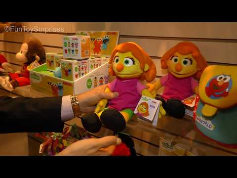 Gund Booth Walkthrough New York Toy Fair 2018