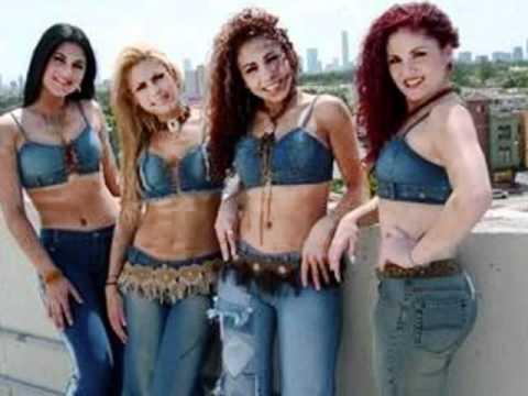 grupo de tres chicas: