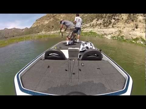 Lake piru bass fishing youtube for Lake piru fishing report
