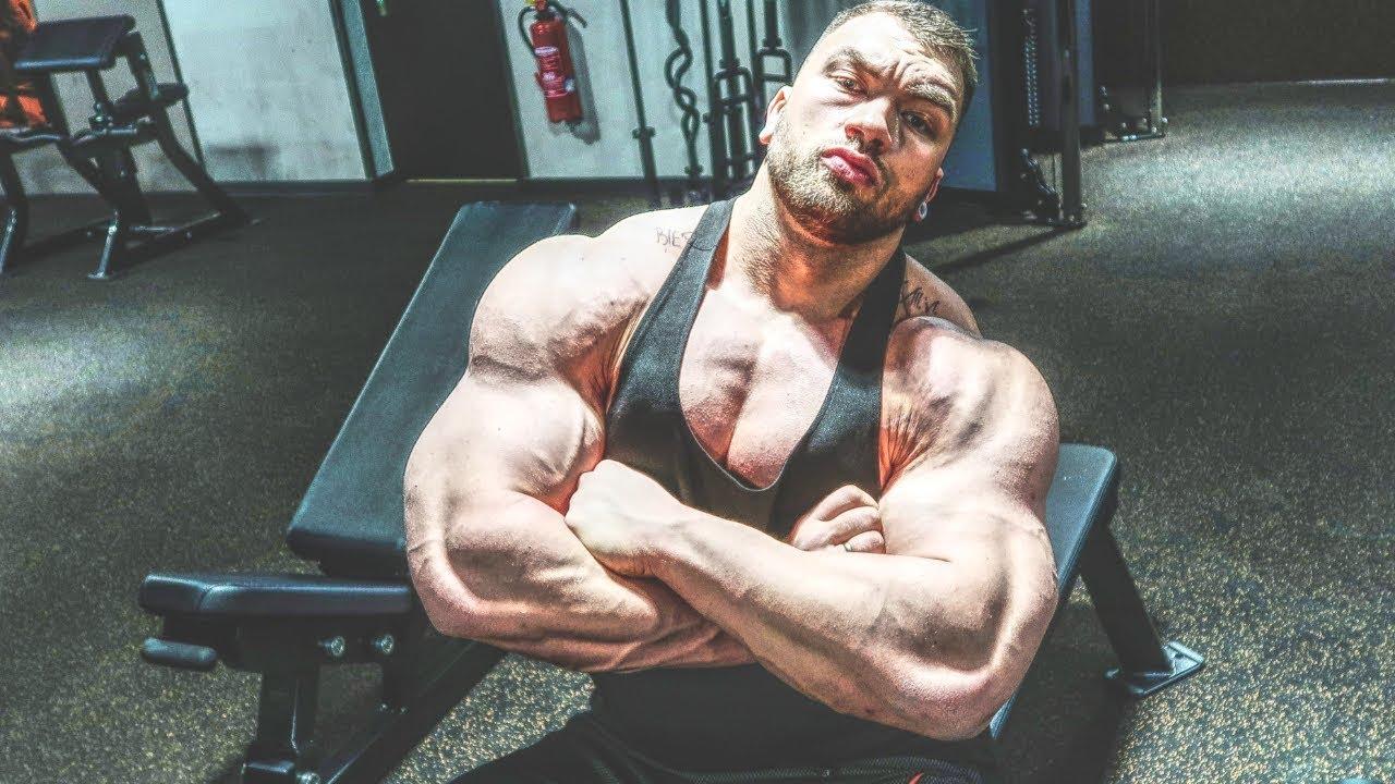 4f0338650 Brutales Schulter Workout! Posing nach jedem Satz - YouTube