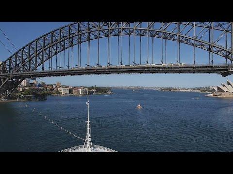 Double decker over the coat hanger : Australian Railways