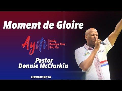 IN HAITI| Donnie McClurkin| Bring down the presence of the Lord and bless Haiti | lion de Juda
