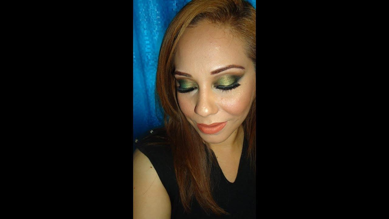 Maquillaje Ahumado En Verde Y Perfilado De Rostro(green