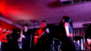 "Laura Holland Band - ""5-10-15 Hours"" - Tuesday Night Music Club, Hooley - 13/01/2015"