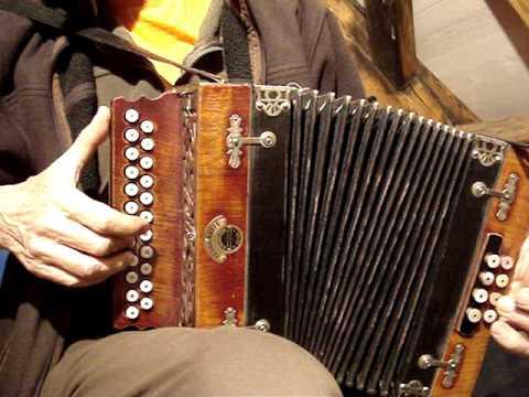 antique Universal Accordion ebay.de